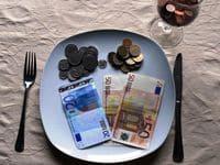 Как выплачиваются выплоты по решению суда